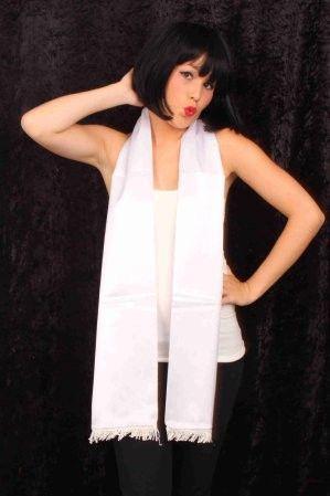 Schal aus weißem Satin 180cm