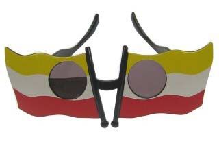 Lustige Gläser gelb weiß rot