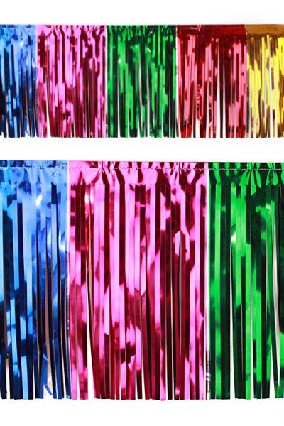 PVC strung foil garland multicolour