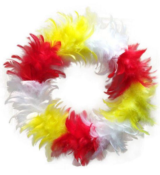 Kranz aus rot weiß gelbe Federn