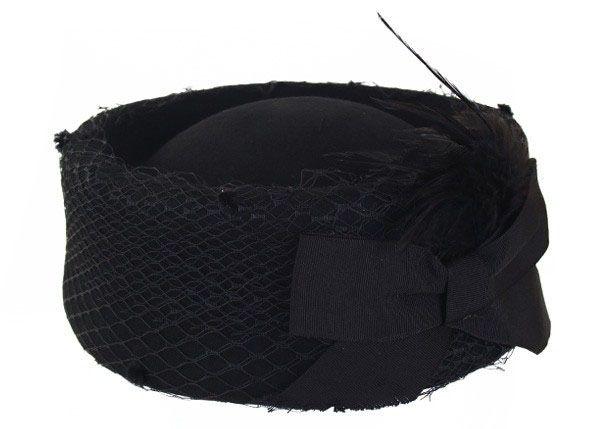 Damen Hut schwarz hohes Modell mit Mesh und Bogen