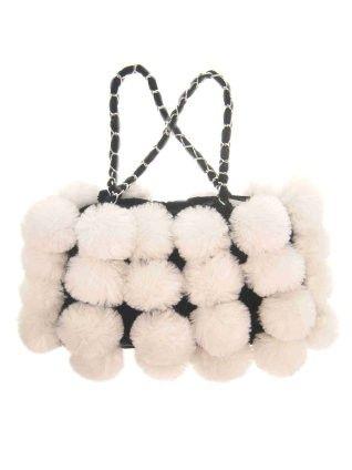 Tasche mit weißem Pelz Bälle